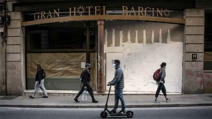 banks-slash-business-trips
